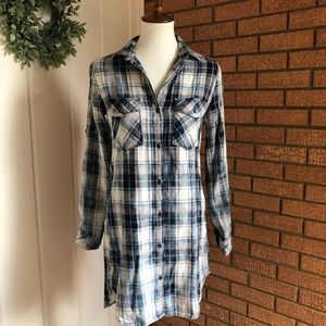 Cloth and Stone Plaid Button Down Dress